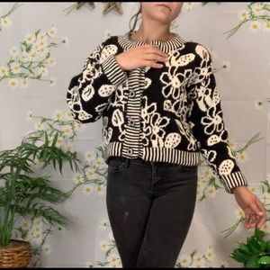 Cropped hand knitted chunky black and white top